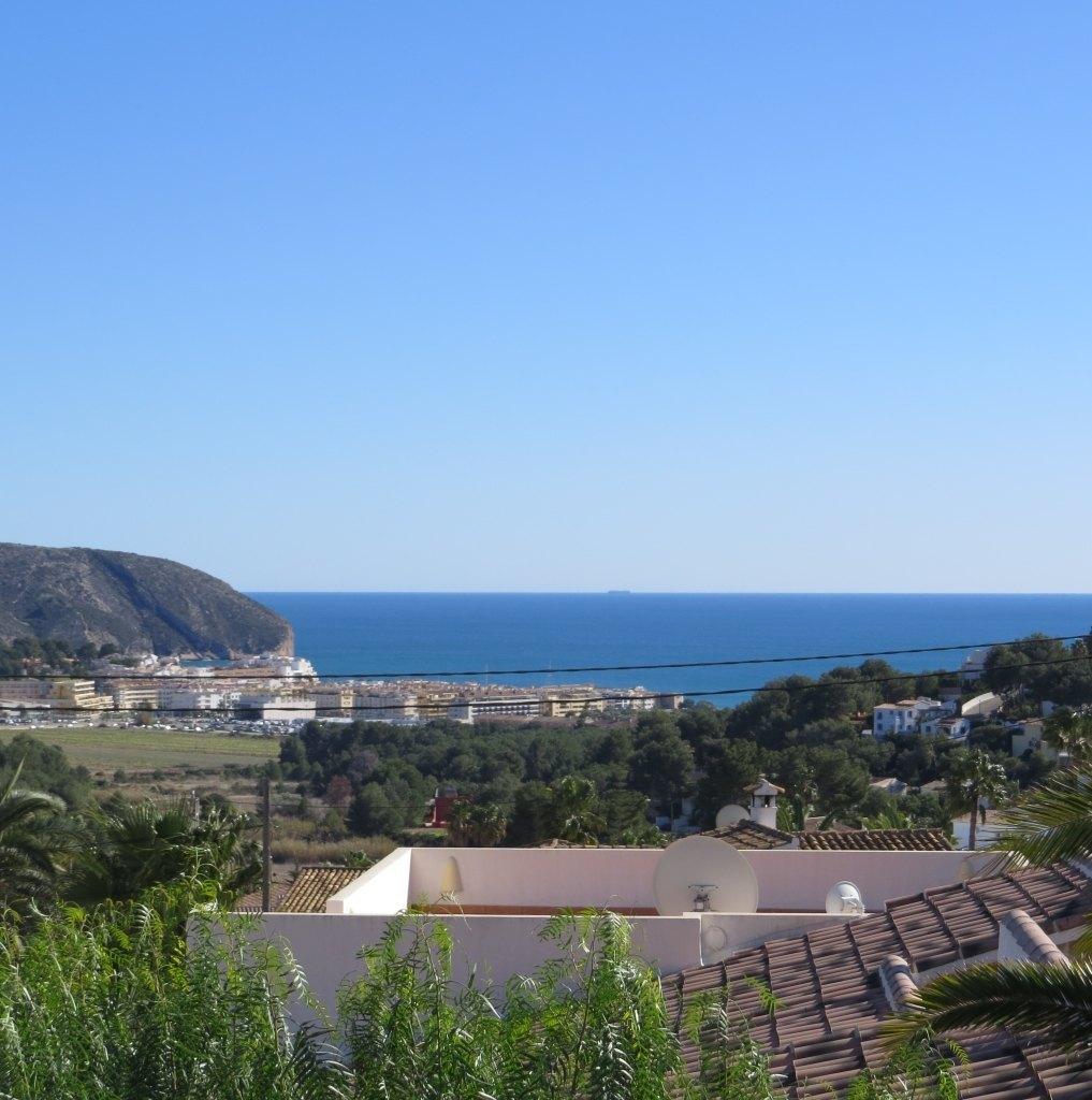 Dos villas en venta en moraira con vistas al mar ref for Piscina marva